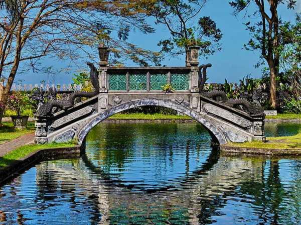 Beautiful Bridge and Pond - Tirtagangga Palace.