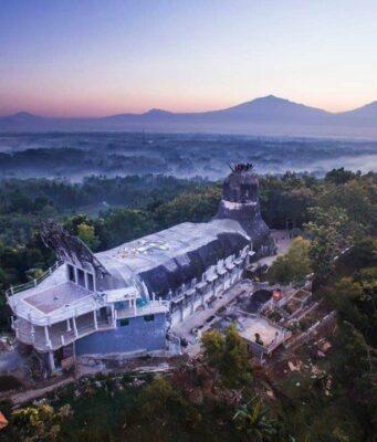 Gereja Ayam Bukit Rhema Magelang