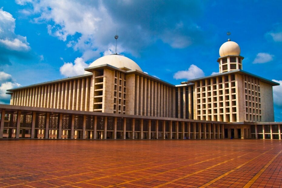 Istiqlal Mosque