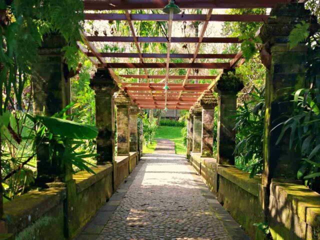 museum puri lukisan garden
