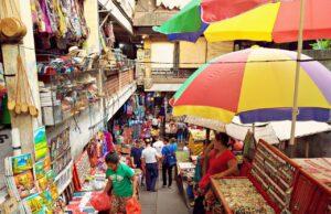 handicraft at ubud art market