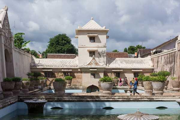 taman sari yogyakarta entrance fee attraction 2019 indonesia travel rh idetrips com