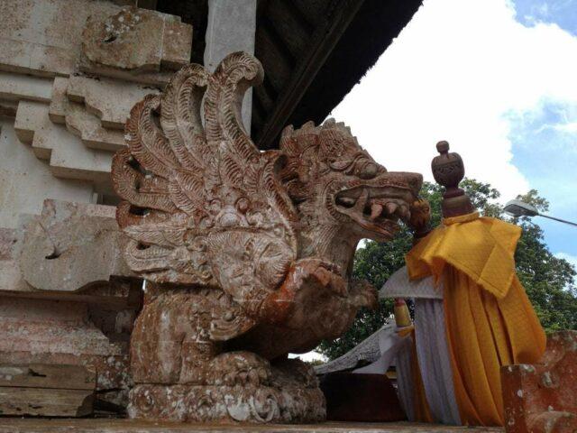 Hindu Creature Statue in Penataran Agung Lempuyang Temple. Img : Flickr Pablo Marx