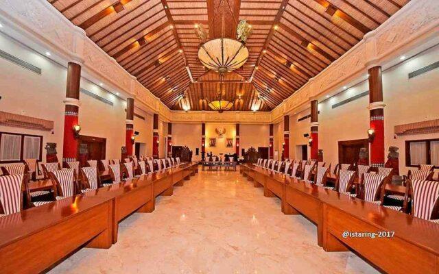 Meeting Hall Tampaksiring Palace