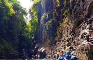 Cukang Taneuh - Green Canyon Pangandaran