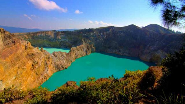 Tri-Colored Lake Phenomenon in Kelimutu National Park