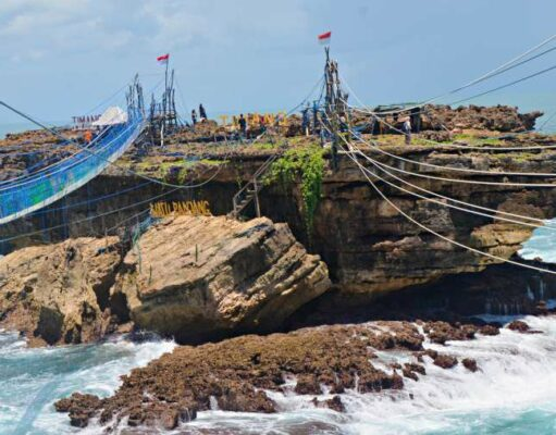 Extreme Ride in Timang Beach