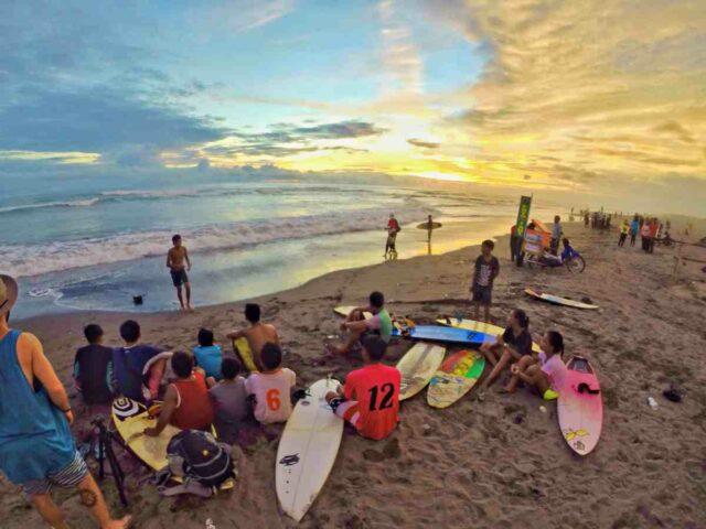parangtritis surfer