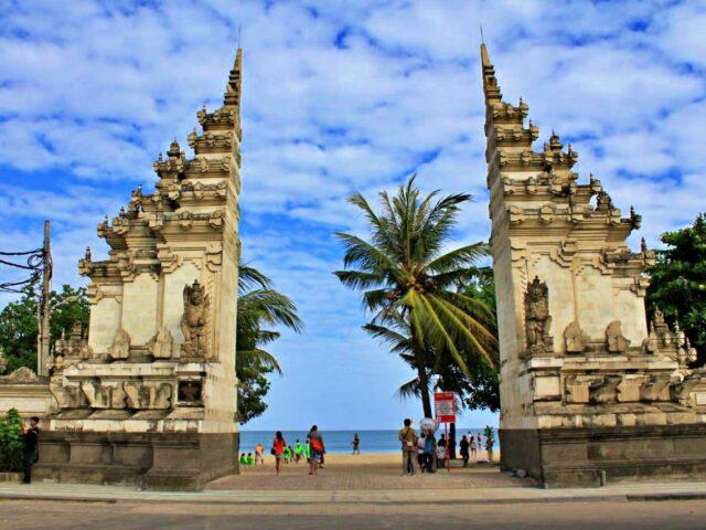 Kuta Beach gate
