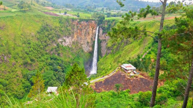 Sipiso-piso Waterfall, the highest waterfall in Indonesia