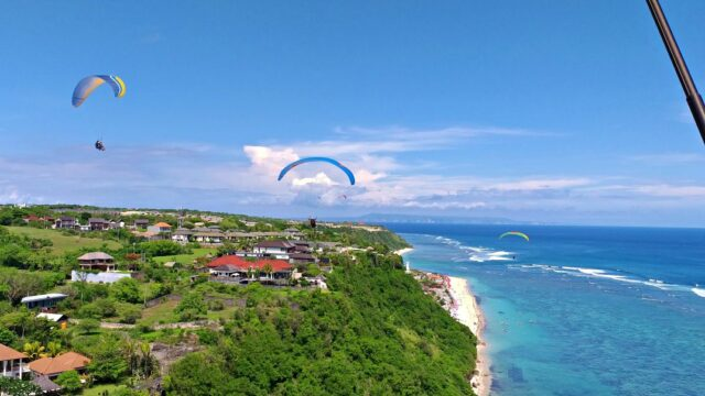 Paragliding in timbis hill