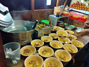 street food jakarta chicken feet soup