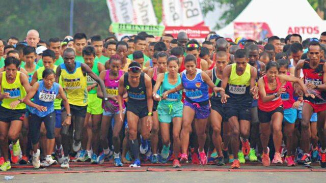 Borobudur Marathon participants