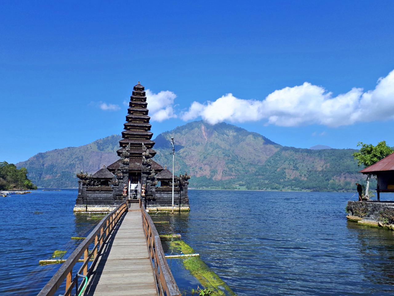 Segara Ulun Danu Batur Temple Bali