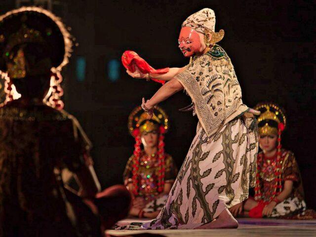 cirebon mask dance