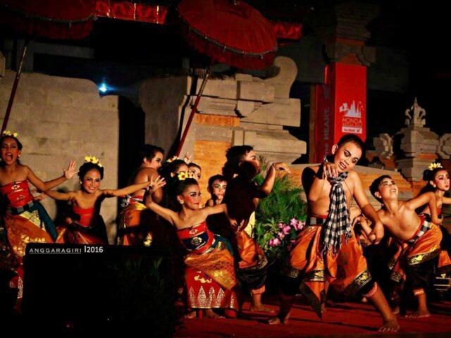 children performance buleleng festival