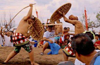 Gebug Ende Pemuteran Bay Festival