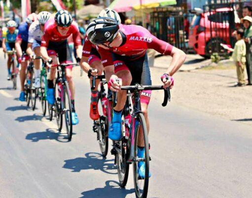 tour de banyuwangi ijen cycling participants