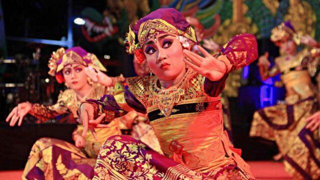 Truna Jaya Dance