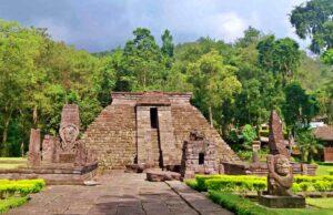 candi sukuh mesoamerican pyramid