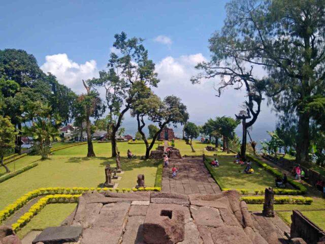 candi sukuh small shrine