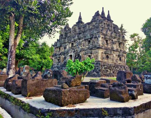 Sari Temple Area