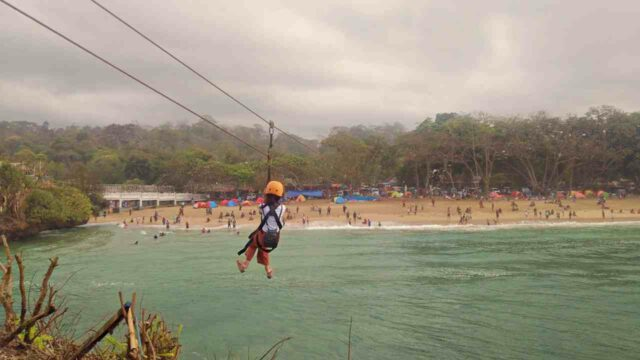 flying fox at balekambang beach