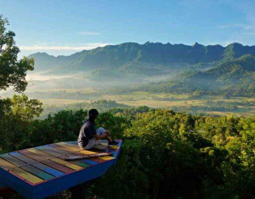 Punthuk Setumbu Mountain View