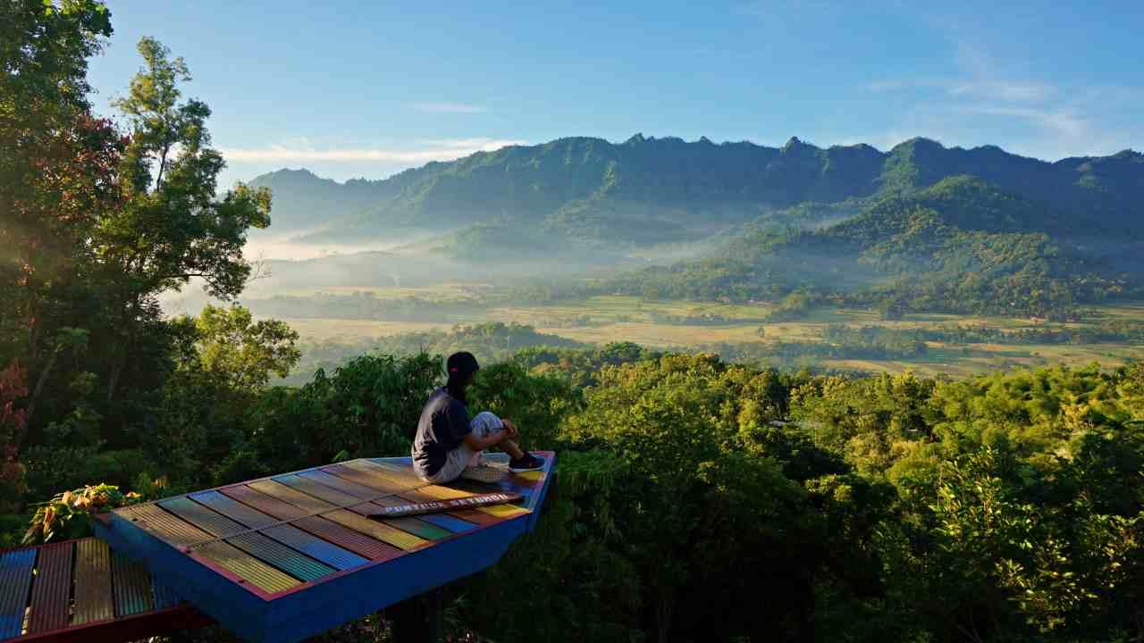 Punthuk Setumbu Entrance Fee Sunrise Attraction Idetrips