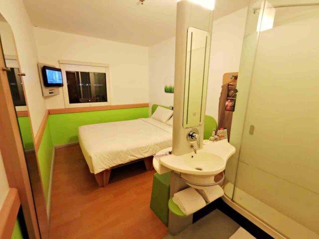 Standard Room Ibis Budget Surabaya Airport