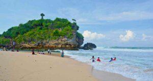 drini beach and island