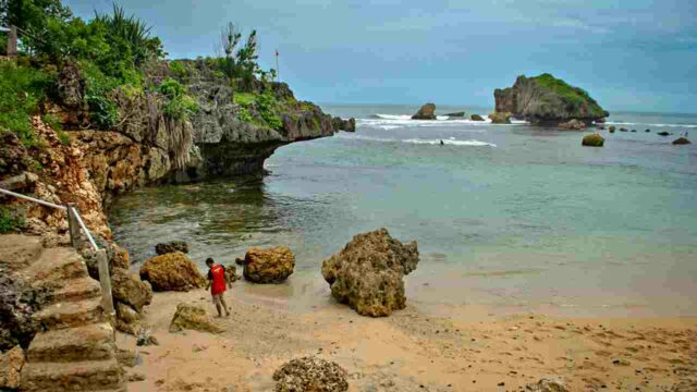 Ngandong cliff