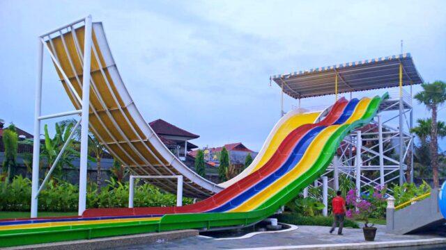 adult slider waterpark
