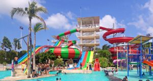 splash waterpark bali pool