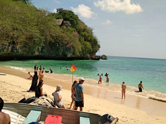 Padang Padang Beach Clean Sand
