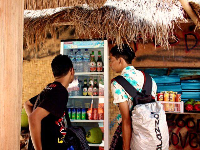 modest food stall