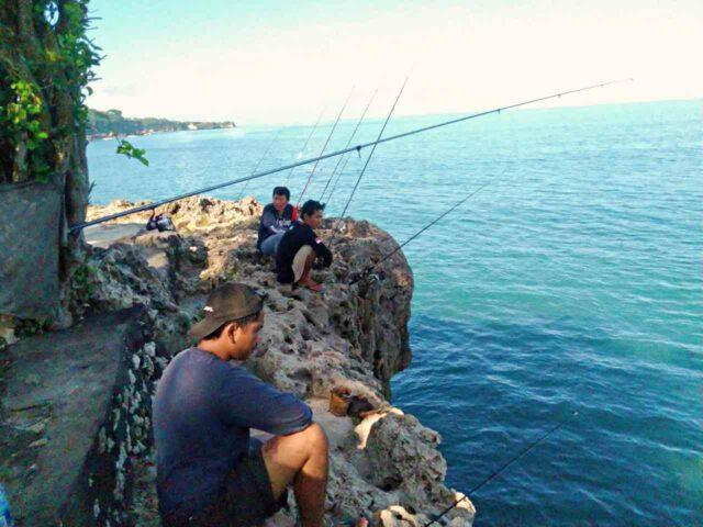 tegal wangi beach fishing spot