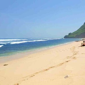 secluded nyang nyang beach