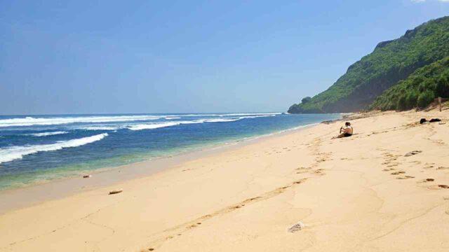 secluded nyang nyang beach