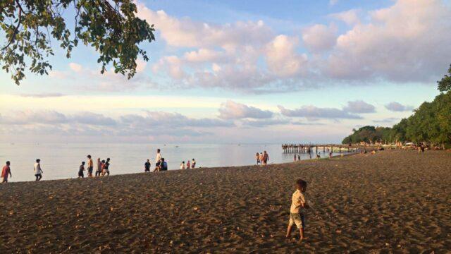 Lovina Beach locals favorite spot